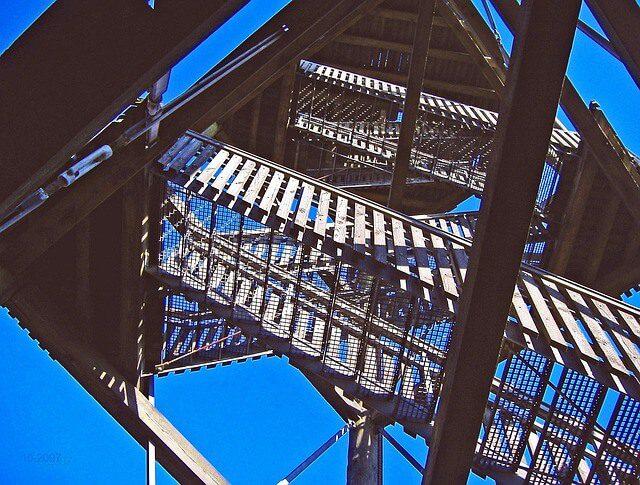 Power-Tower-Trattberg für Gesundheit und Sicherheit